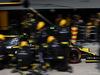 GP BRASILE, 17.11.2019 - Gara, Pit stop, Nico Hulkenberg (GER) Renault Sport F1 Team RS19