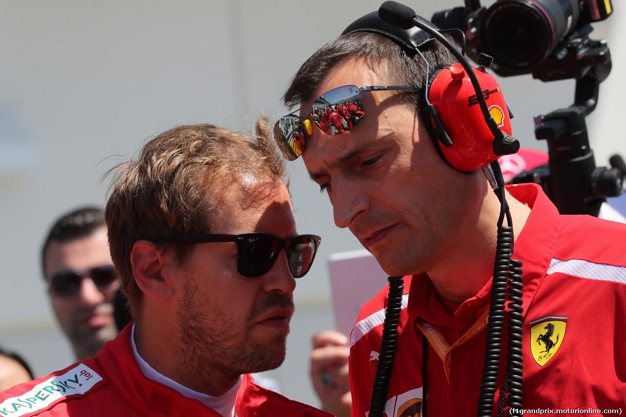 GP CANADA, 09.06.2019 - Gara, Sebastian Vettel (GER) Ferrari SF90 e Riccardo Adami (ITA) Ferrari Gara Engineer
