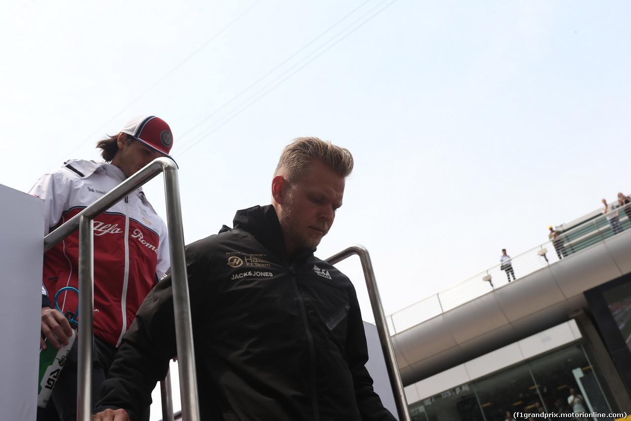 GP CINA, 14.04.2019- driver parade, Kevin Magnussen (DEN) Haas F1 Team VF-19