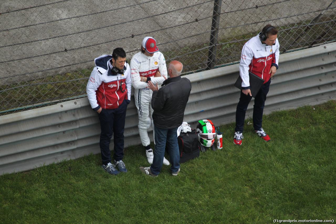 GP CINA, 14.04.2019- partenzaing grid, Antonio Giovinazzi (ITA) Alfa Romeo Racing C38