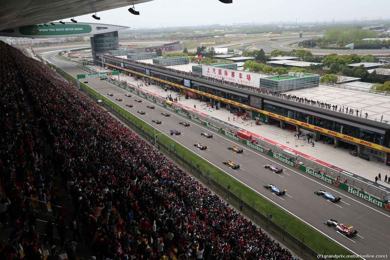 GP CINA, 14.04.2019- Start of the race
