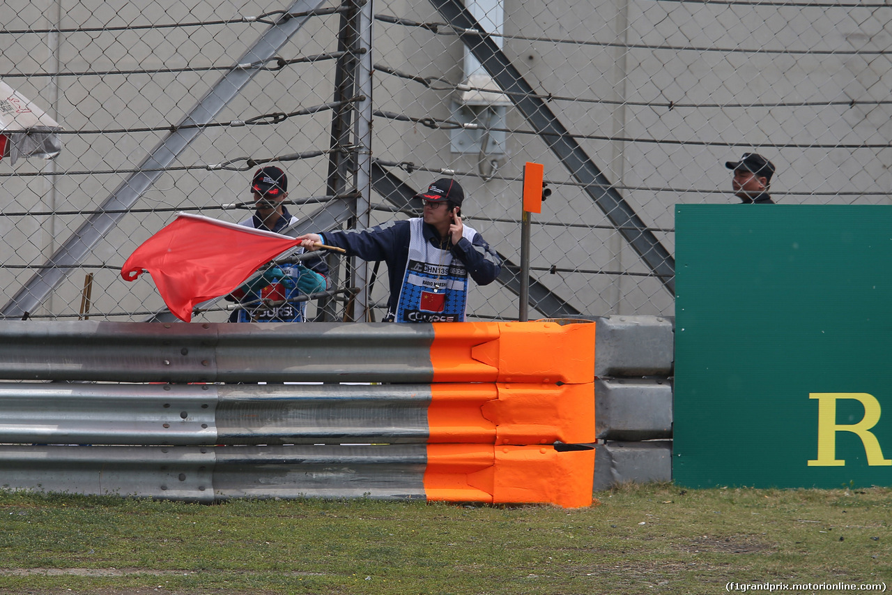 GP CINA, 13.04.2019- Free practice 3, Red flag