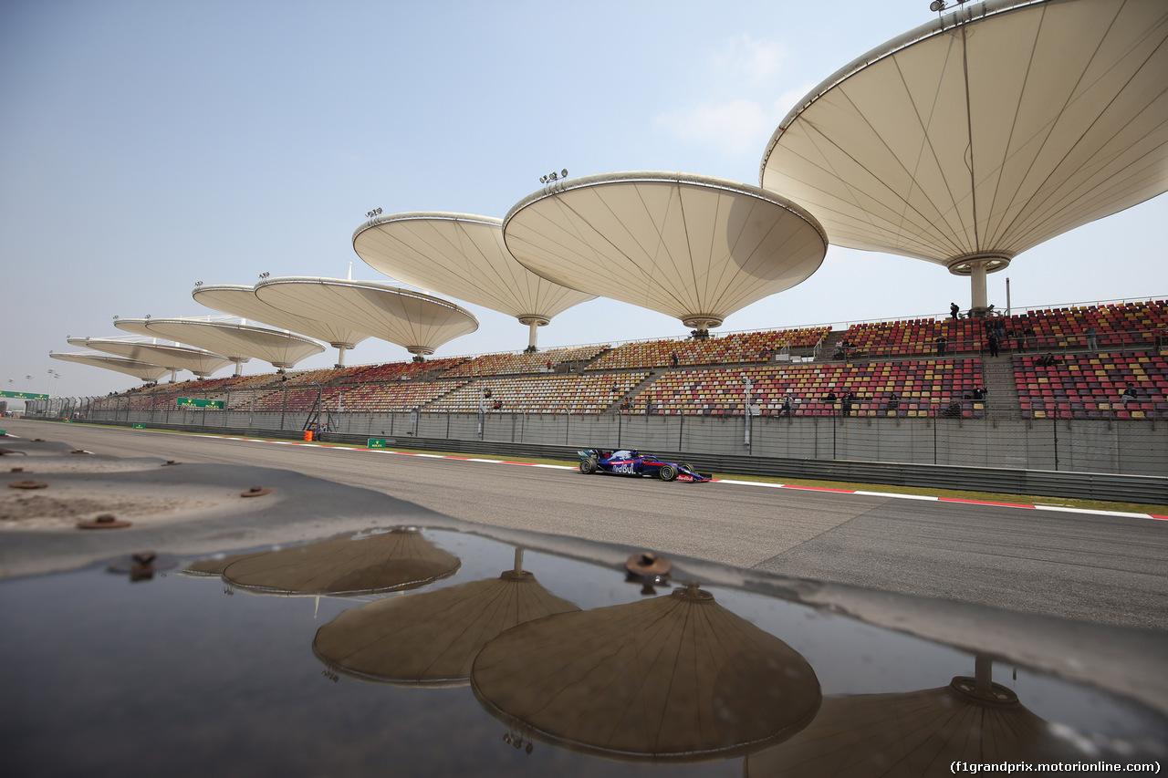 GP CINA, 12.04.2019- Prove Libere 1, Alexader Albon (THA) Scuderia Toro Rosso STR14