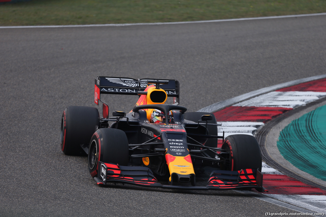 GP CINA, 12.04.2019- Prove Libere 2, Max Verstappen (NED) Red Bull Racing RB15