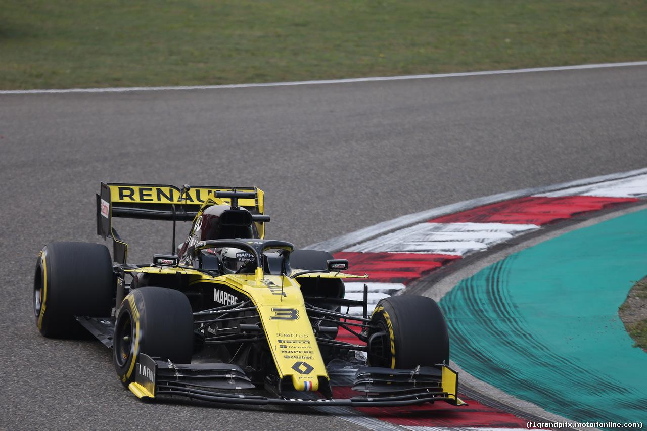 GP CINA, 12.04.2019- Prove Libere 2, Daniel Ricciardo (AUS) Renault Sport F1 Team RS19