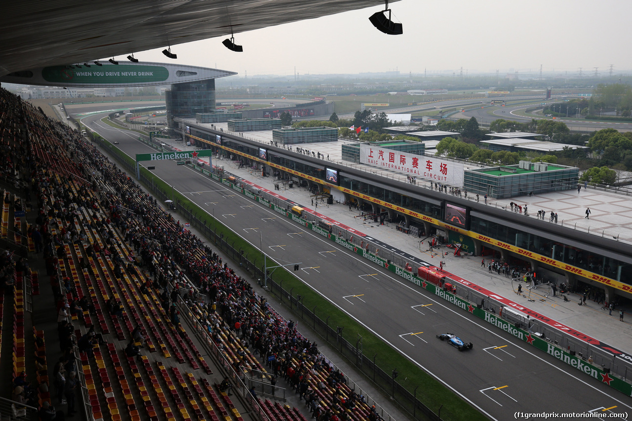 GP CINA, 12.04.2019- Prove Libere 2, George Russell (GBR) Williams F1 FW42