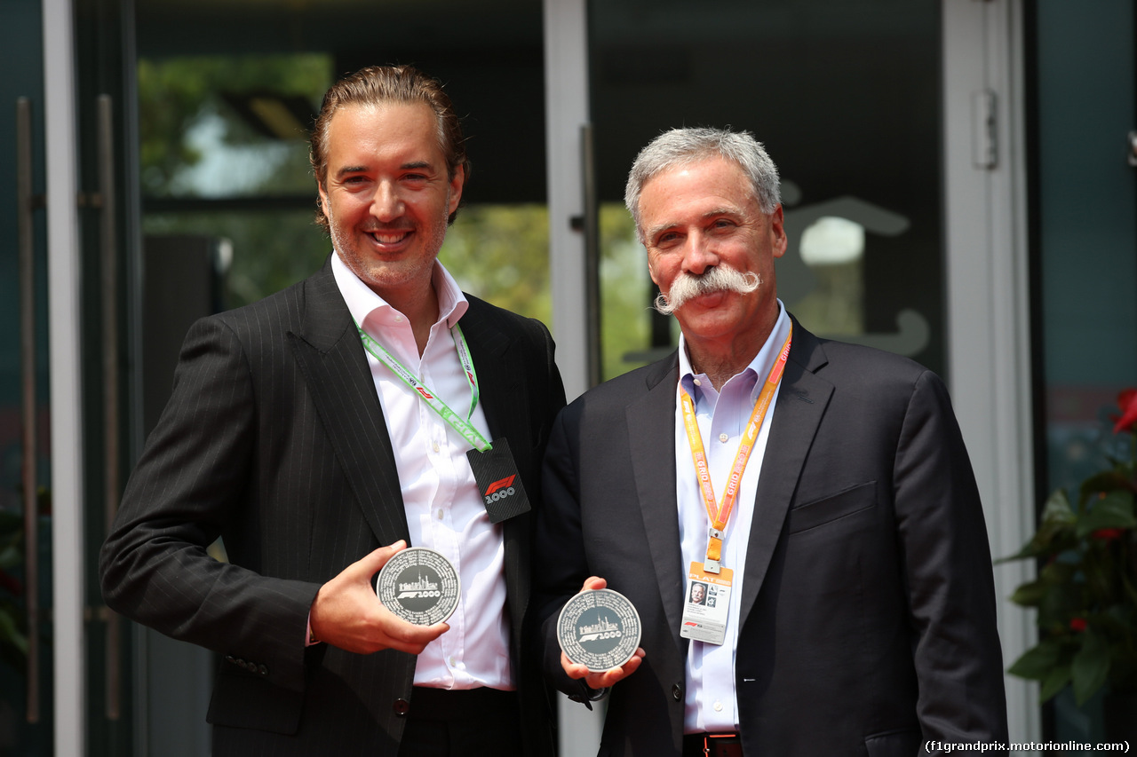 GP CINA, 12.04.2019- Unveling of the official 1000th Grand Prix Coin, Marin Aleksov, Rosland Capital CEO  e Chase Carey (US), Liberty Media
