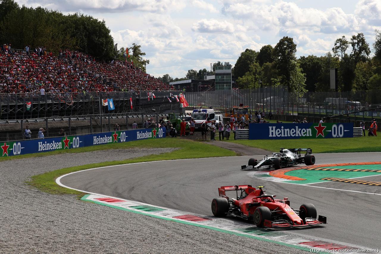 GP ITALIA, 08.09.2019 - Gara, Charles Leclerc (MON) Ferrari SF90 e Lewis Hamilton (GBR) Mercedes AMG F1 W10