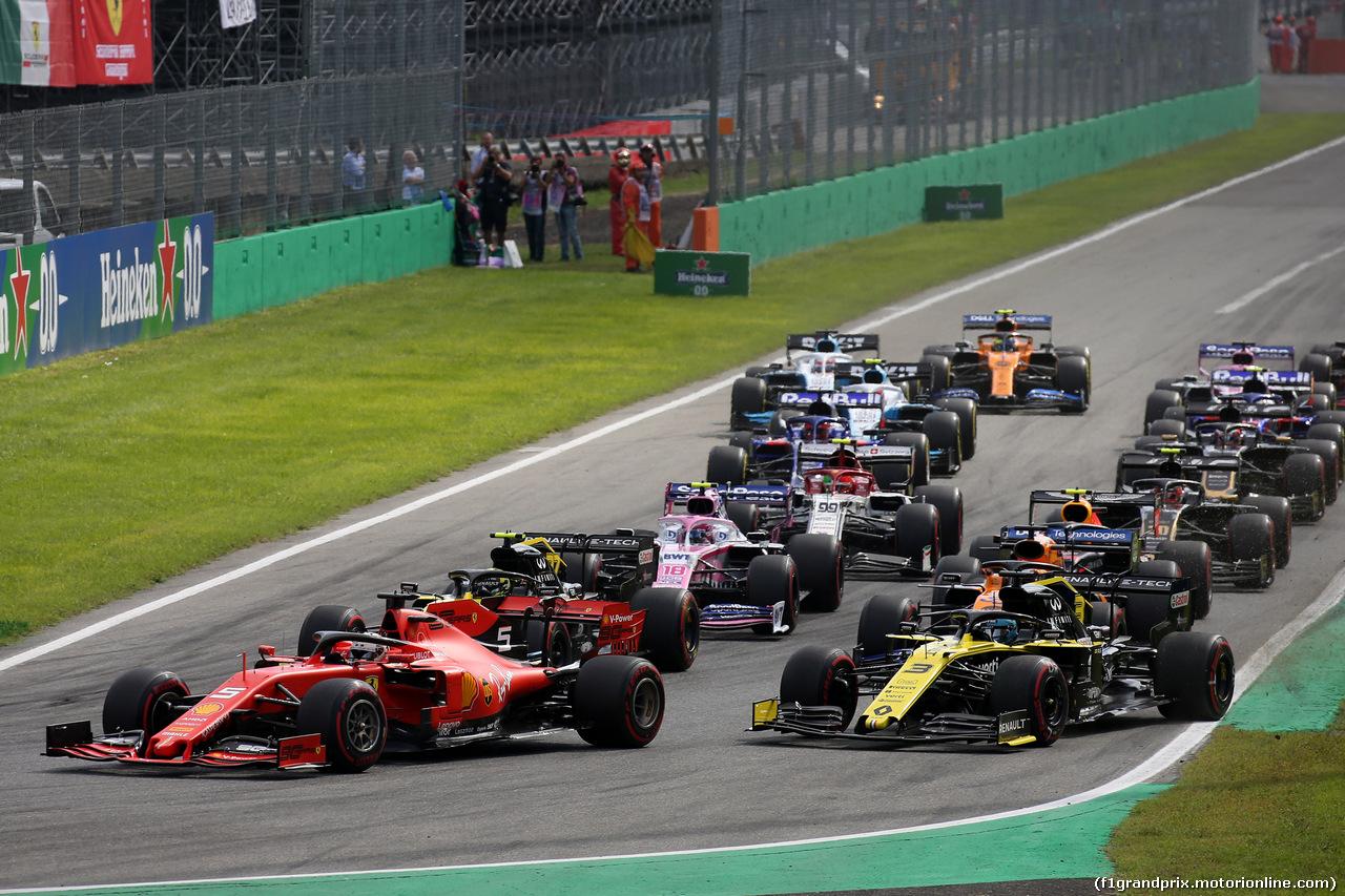 GP ITALIA, 08.09.2019 - Gara, Start of the race, Sebastian Vettel (GER) Ferrari SF90 e Daniel Ricciardo (AUS) Renault Sport F1 Team RS19