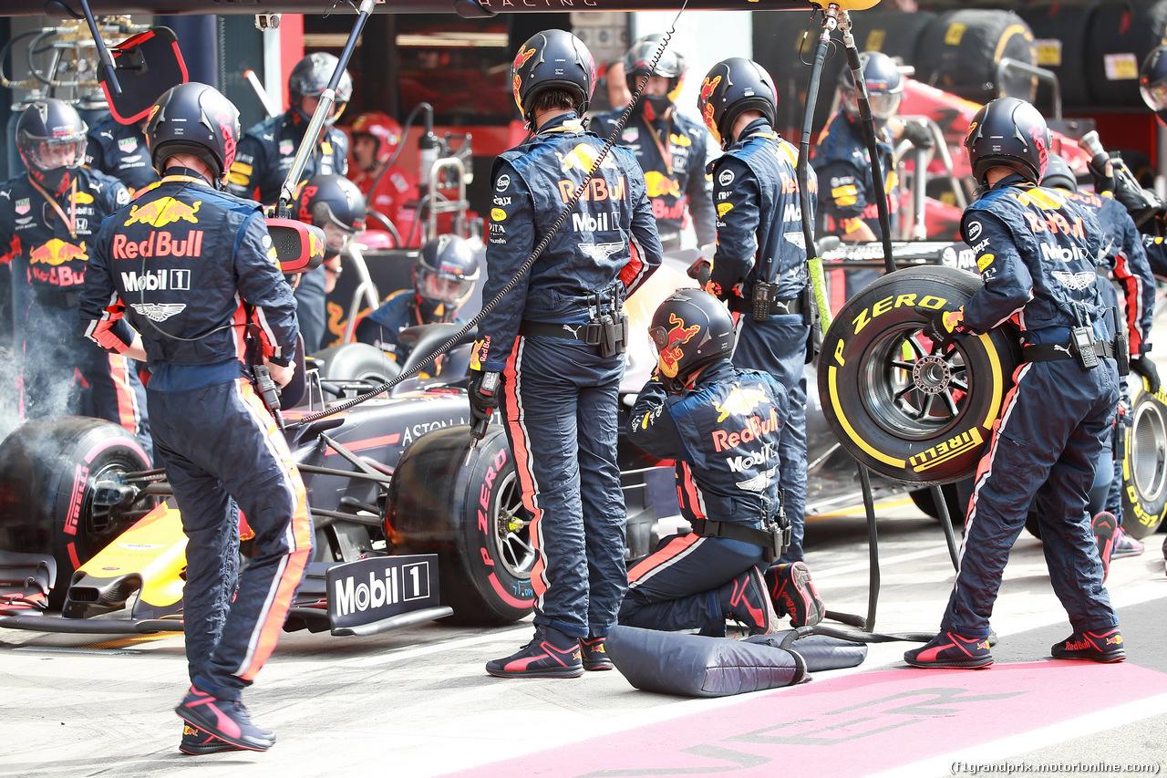 GP ITALIA, 08.09.2019 - Gara, Pit stop, Max Verstappen (NED) Red Bull Racing RB15