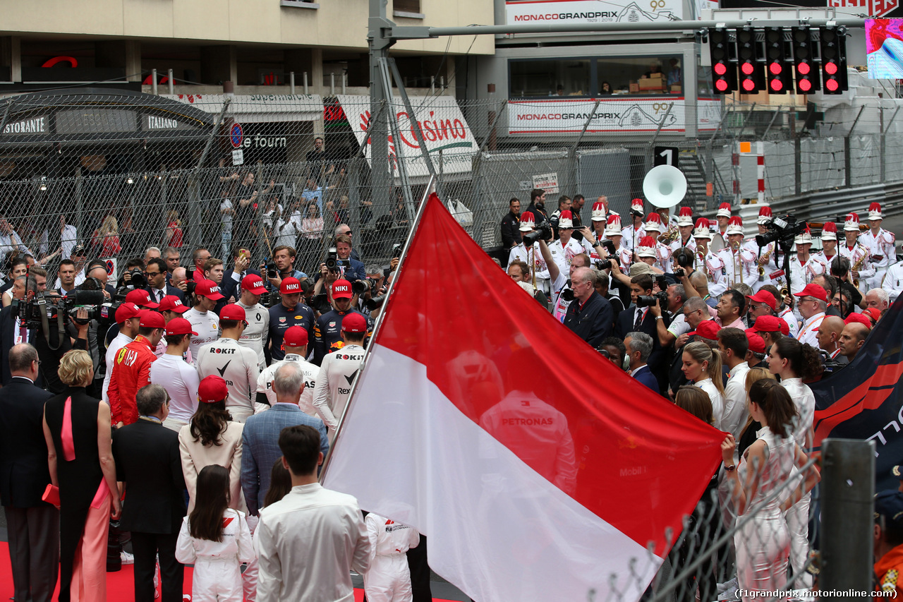 GP MONACO, 26.05.2019 - Gara, Drivers pay tribute to Nikki Lauda (AU), Mercedes