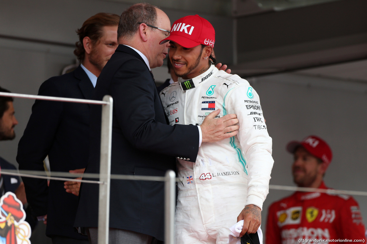 GP MONACO, 26.05.2019 - Gara, HSH Prince Albert II of Monaco e Lewis Hamilton (GBR) Mercedes AMG F1 W10 vincitore