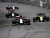 GP MONACO, 26.05.2019 - Gara, Kimi Raikkonen (FIN) Alfa Romeo Racing C38 e Daniel Ricciardo (AUS) Renault Sport F1 Team RS19