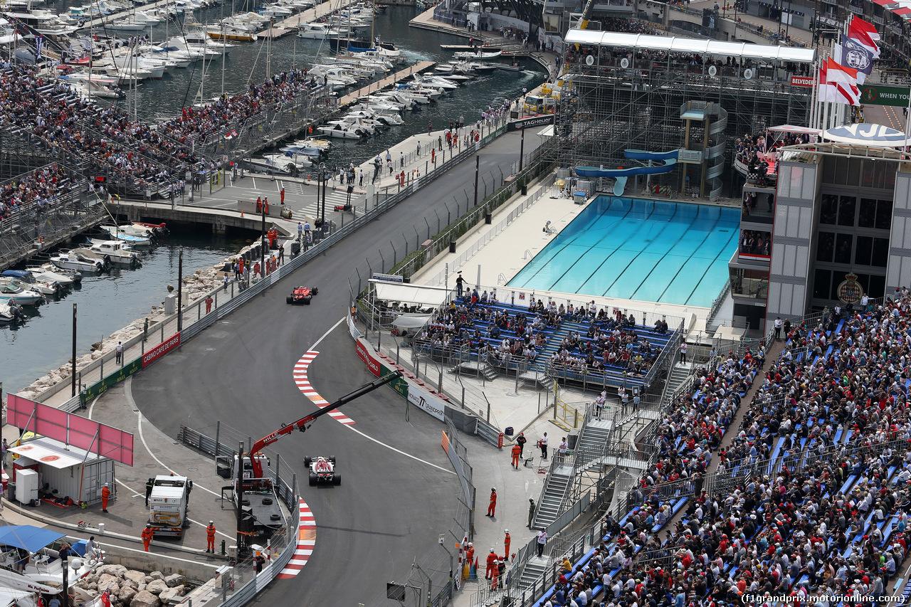 GP MONACO, 25.05.2019 - Prove Libere 3, Charles Leclerc (MON) Ferrari SF90 e Antonio Giovinazzi (ITA) Alfa Romeo Racing C38