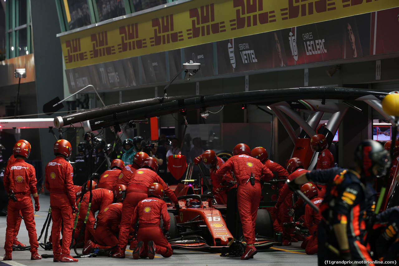 GP SINGAPORE, 22.09.2019 - Gara, Pit stop, Charles Leclerc (MON) Ferrari SF90