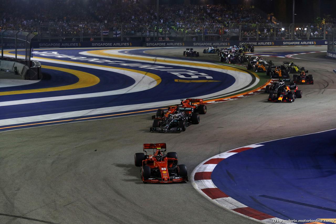 GP SINGAPORE, 22.09.2019 - Gara, Start of the race