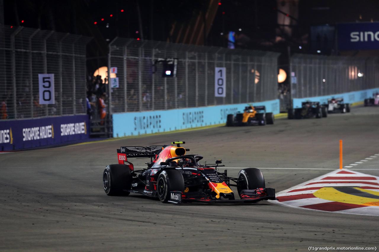 GP SINGAPORE, 22.09.2019 - Gara, Alexander Albon (THA) Red Bull Racing RB15