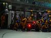 GP SINGAPORE, 22.09.2019 - Gara, Pit stop, Lando Norris (GBR) Mclaren F1 Team MCL34