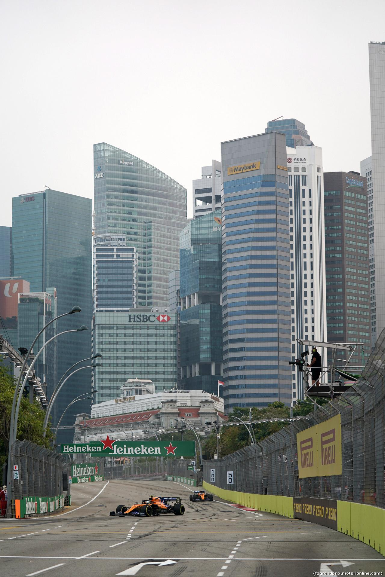 GP SINGAPORE, 20.09.2019 - Prove Libere 1, Lando Norris (GBR) Mclaren F1 Team MCL34 e Carlos Sainz Jr (ESP) Mclaren F1 Team MCL34