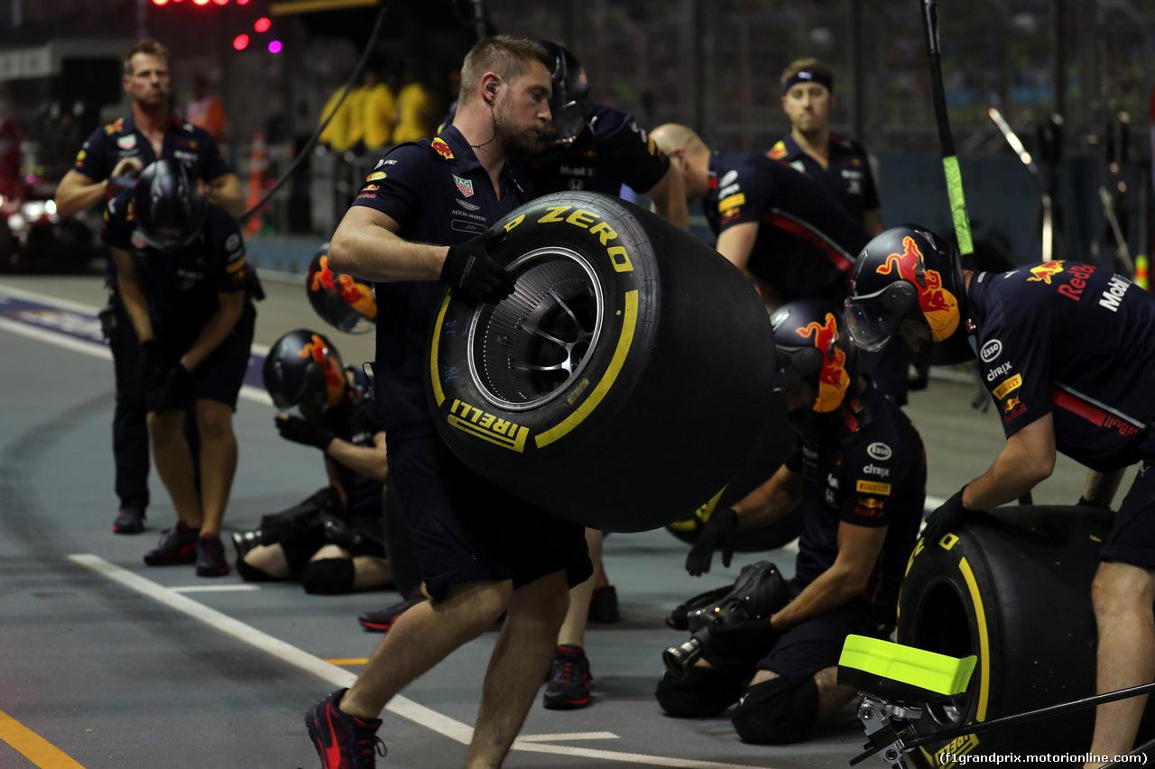 GP SINGAPORE, 20.09.2019 - Prove Libere 2, Pirelli Tyre of Red Bull