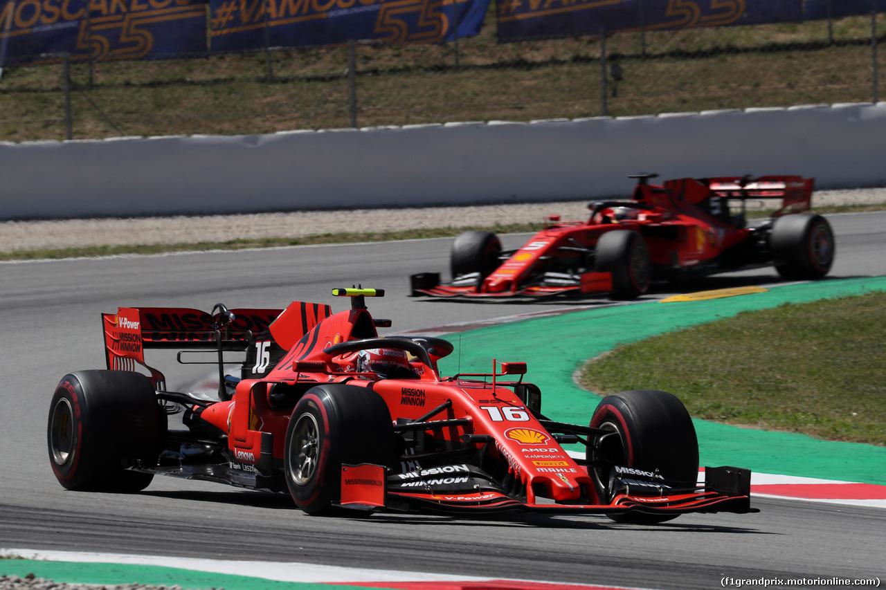 GP SPAGNA, 12.05.2019 - Gara, Charles Leclerc (MON) Ferrari SF90 davanti a Sebastian Vettel (GER) Ferrari SF90