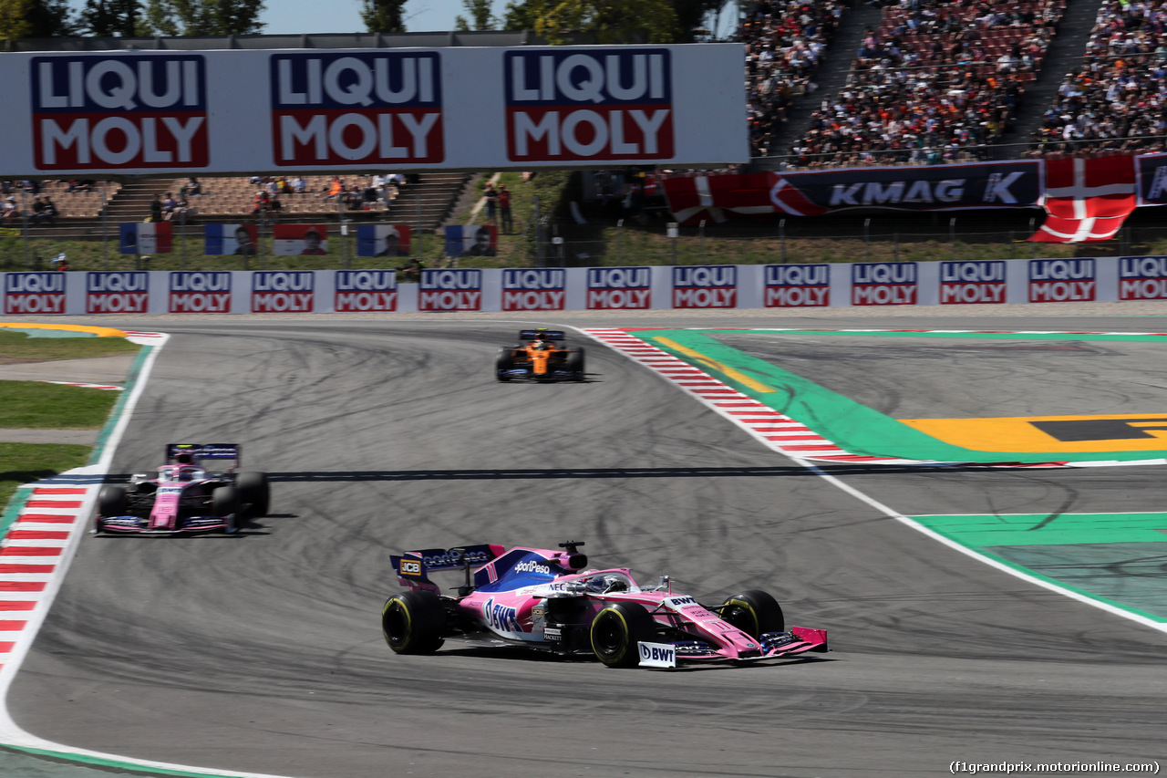 GP SPAGNA, 12.05.2019 - Gara, Sergio Perez (MEX) Racing Point F1 Team RP19 davanti a Lance Stroll (CDN) Racing Point F1 Team RP19