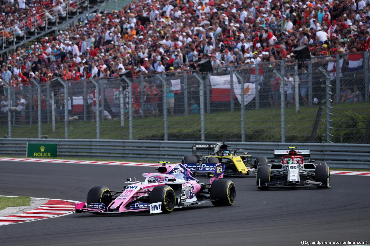 GP UNGHERIA, 04.08.2019 - Gara, Lance Stroll (CDN) Racing Point F1 Team RP19 davanti a Antonio Giovinazzi (ITA) Alfa Romeo Racing C38