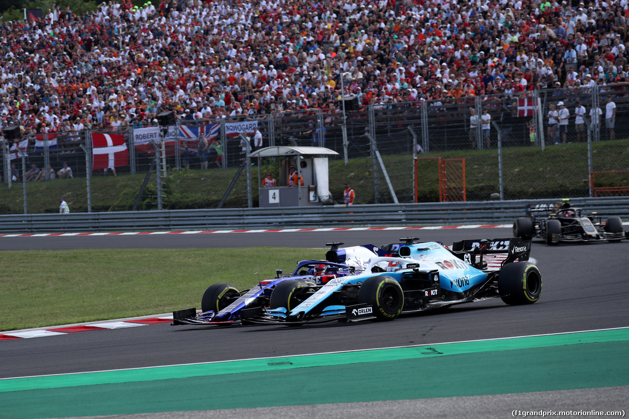 GP UNGHERIA, 04.08.2019 - Gara, Daniil Kvyat (RUS) Scuderia Toro Rosso STR14 e George Russell (GBR) Williams Racing FW42