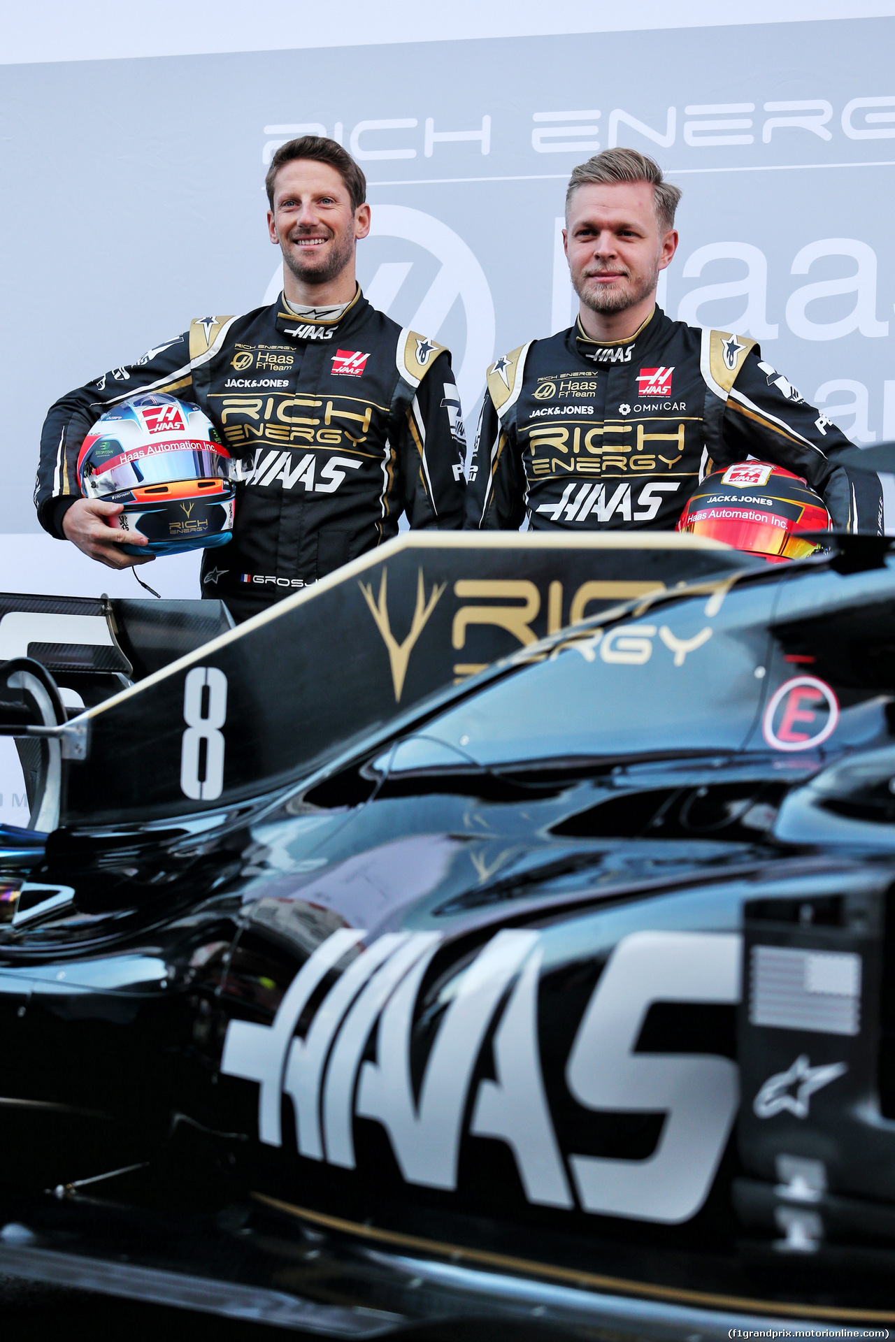 TEST F1 BARCELLONA 18 FEBBRAIO, (L to R): Romain Grosjean (FRA) Haas F1 Team VF-19 with team mate Kevin Magnussen (DEN) Haas F1 Team. 18.02.2019.