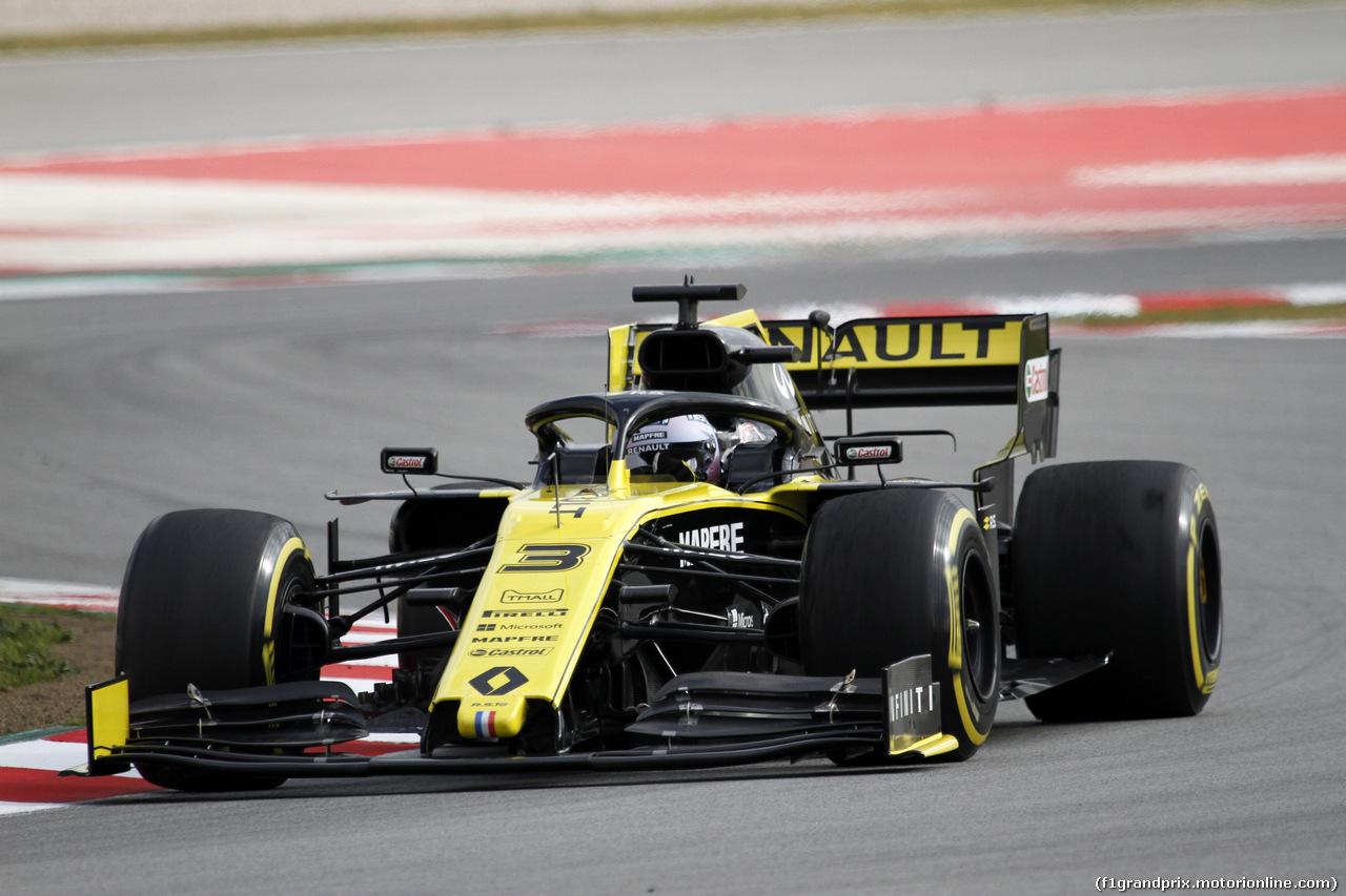 TEST F1 BARCELLONA 19 FEBBRAIO, Daniel Ricciardo (AUS) Renault Sport F1 Team RS19