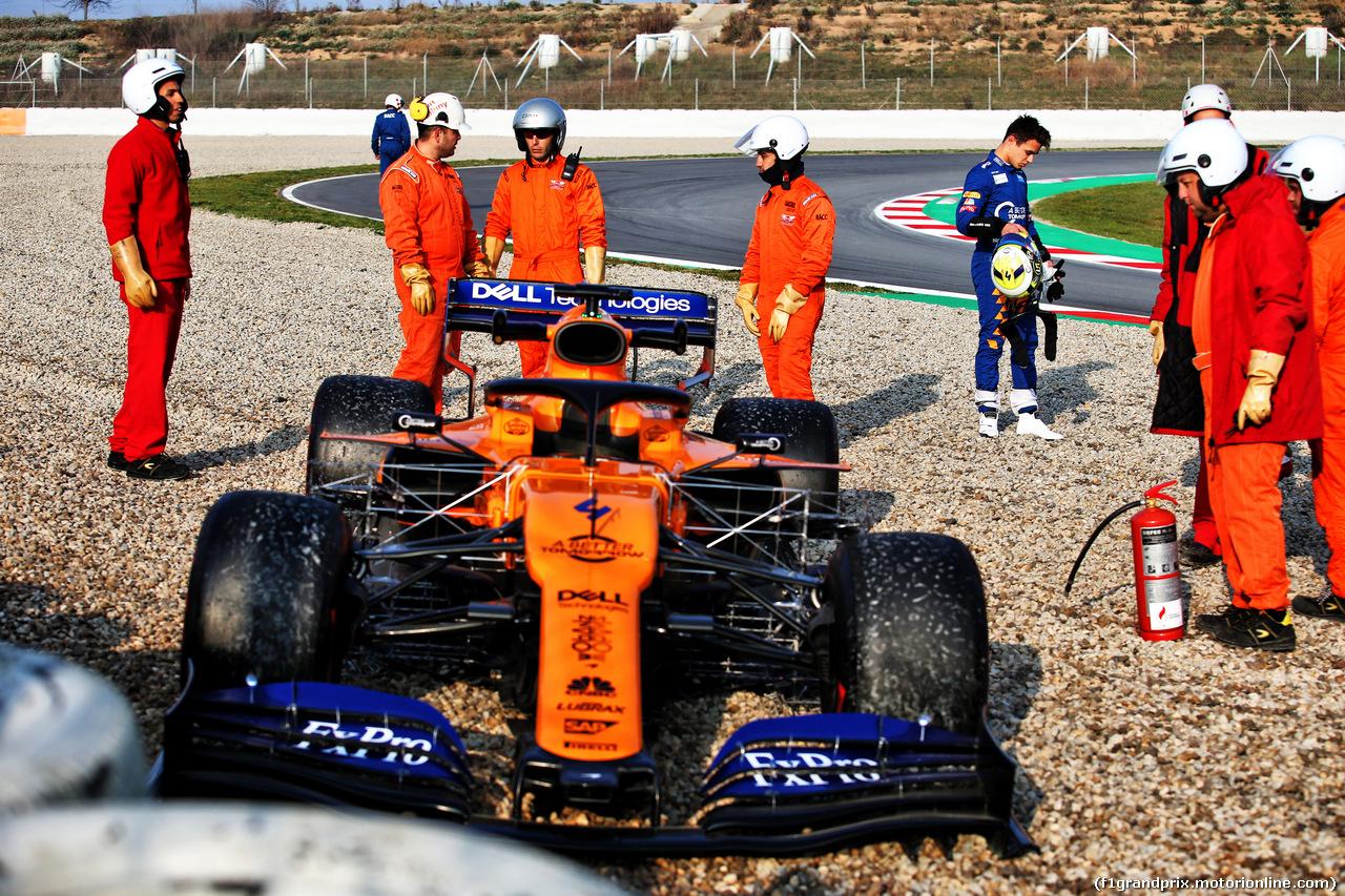 TEST F1 BARCELLONA 21 FEBBRAIO, Lando Norris (GBR) McLaren MCL34 in the gravel trap. 21.02.2019.