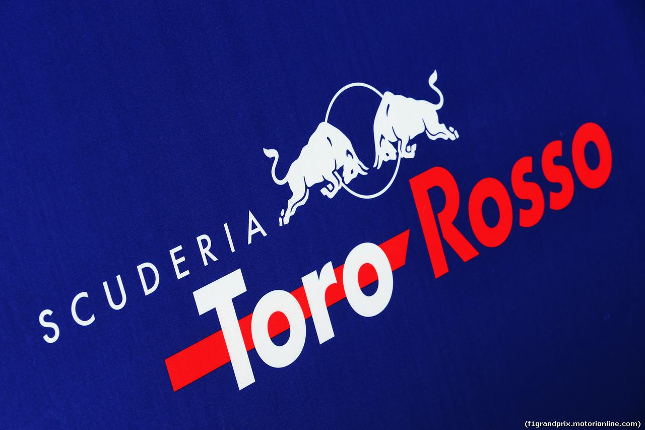 TEST F1 BARCELLONA 21 FEBBRAIO, Scuderia Toro Rosso logo. 21.02.2019.