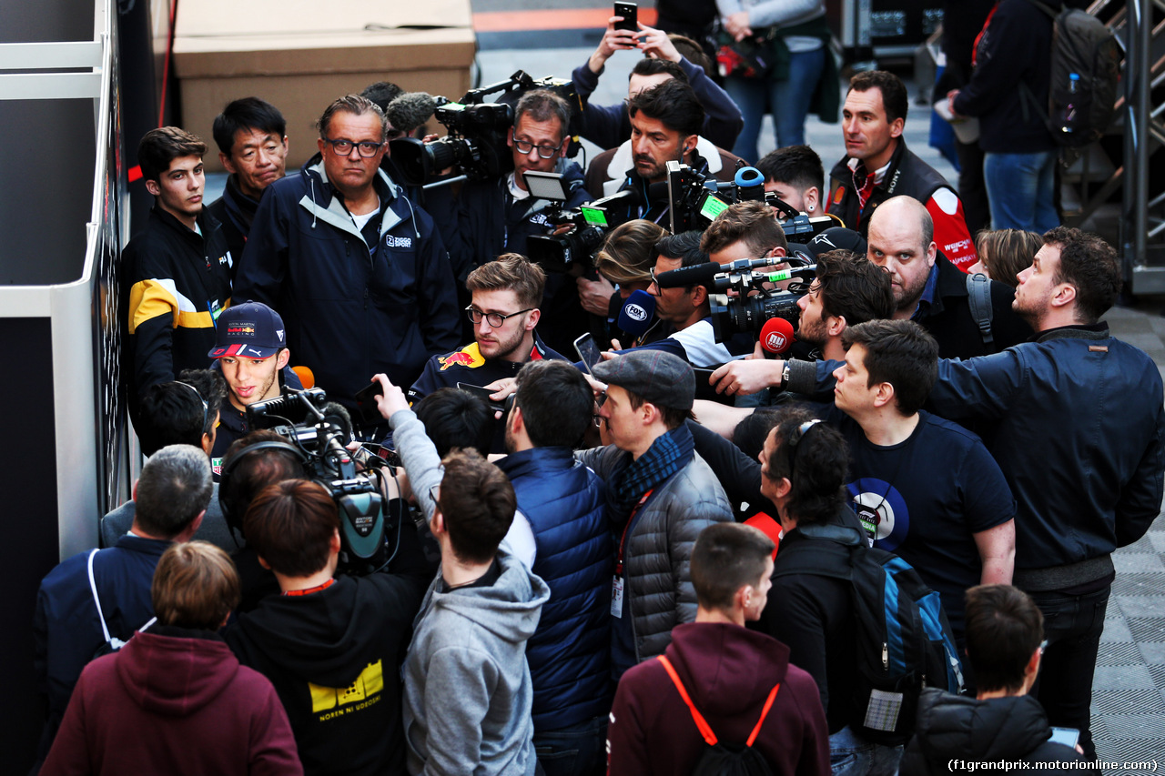 TEST F1 BARCELLONA 21 FEBBRAIO, Pierre Gasly (FRA) Red Bull Racing with the media. 21.02.2019.