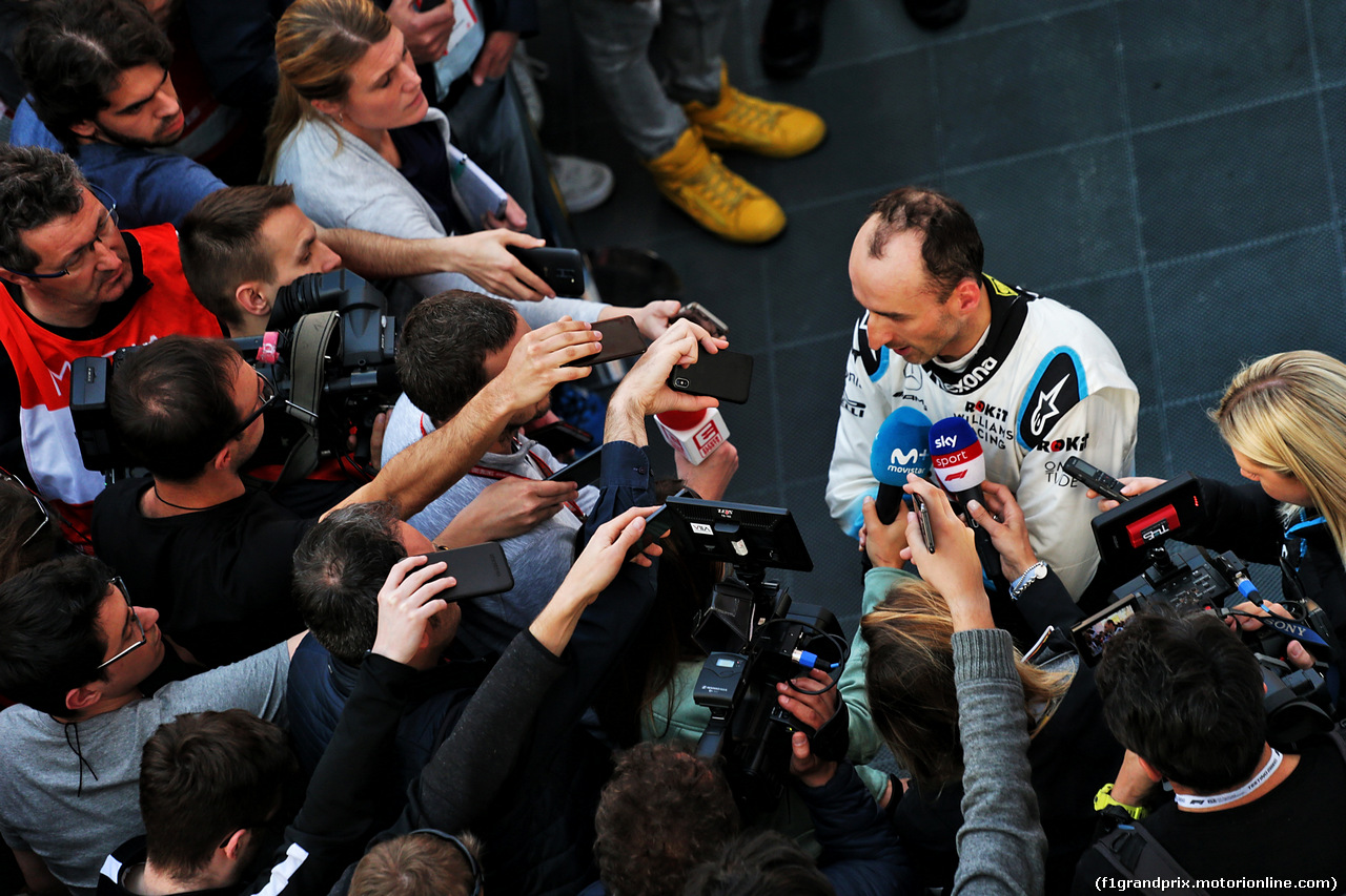 TEST F1 BARCELLONA 27 FEBBRAIO, Robert Kubica (POL) Williams Racing with the media. 27.02.2019.