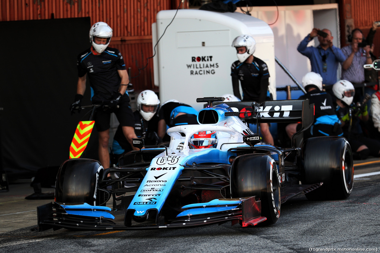 TEST F1 BARCELLONA 28 FEBBRAIO, George Russell (GBR) Williams Racing FW42 practices a pit stop. 28.02.2019.