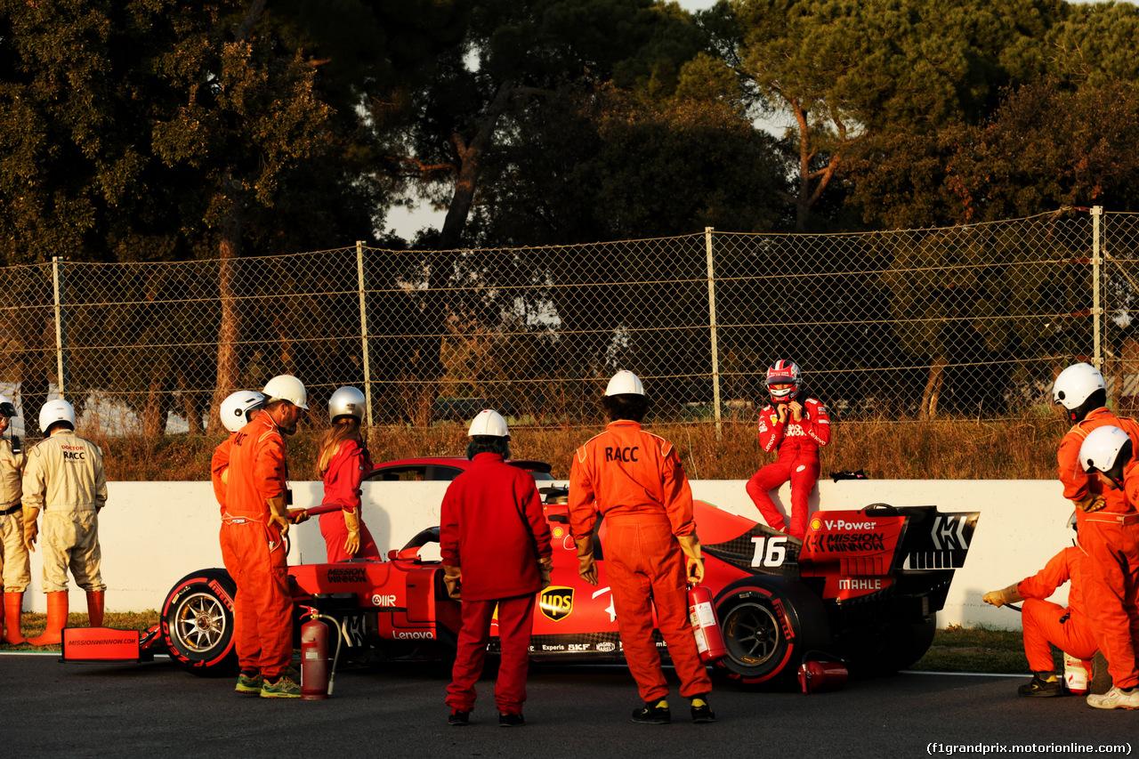 TEST F1 BARCELLONA 28 FEBBRAIO, Charles Leclerc (MON) Ferrari SF90 stops on the circuit. 28.02.2019.