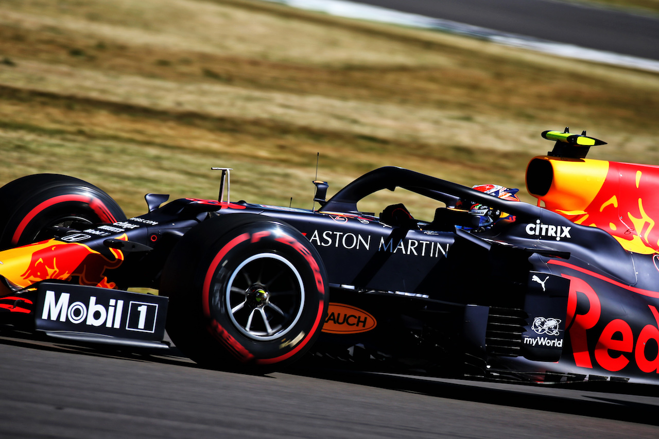 GP 70esimo ANNIVERSARIO, Alexander Albon (THA) Red Bull Racing RB16. 07.08.2020. Formula 1 World Championship, Rd 5, 70th Anniversary Grand Prix, Silverstone, England, Practice Day. - www.xpbimages.com, EMail: requests@xpbimages.com © Copyright: Batchelor / XPB Images
