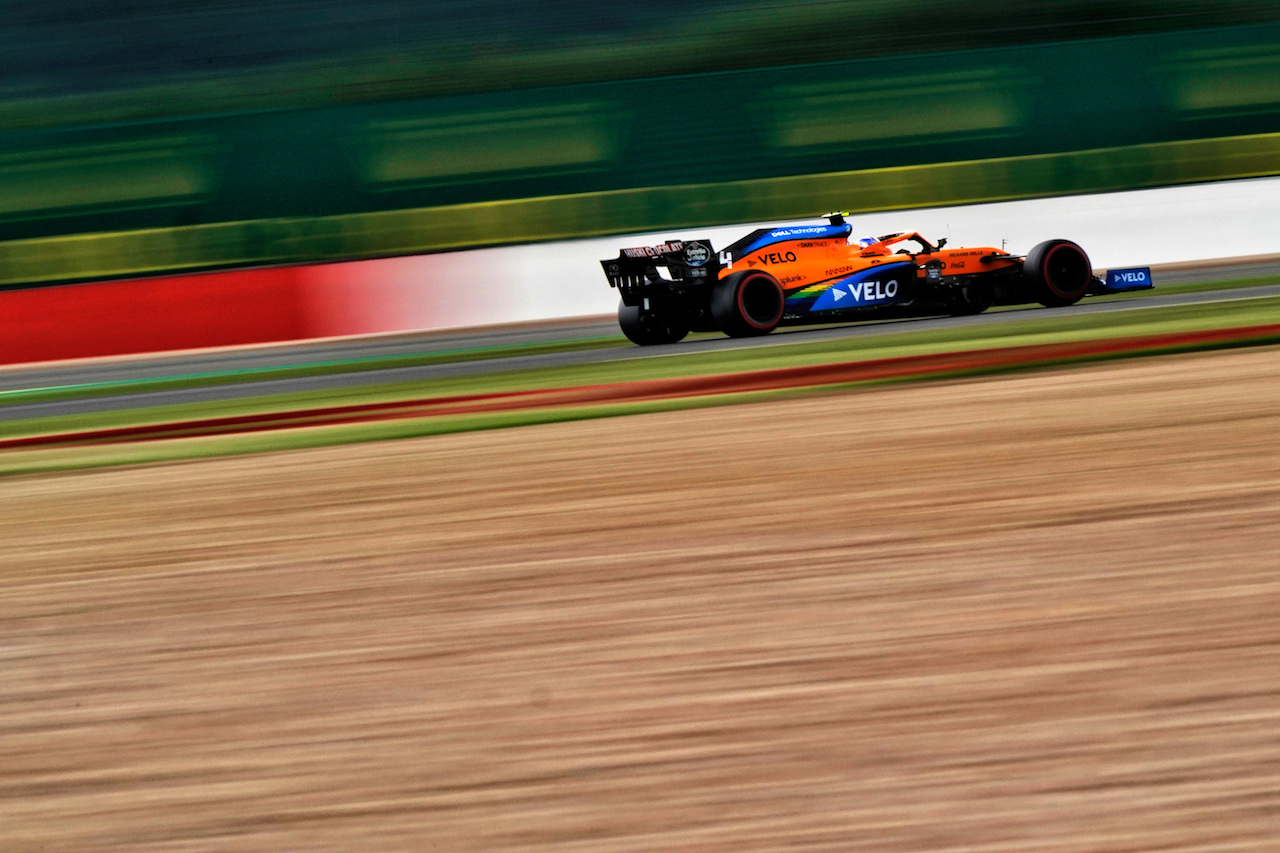 GP 70esimo ANNIVERSARIO, Lando Norris (GBR) McLaren MCL35.                                07.08.2020. Formula 1 World Championship, Rd 5, 70th Anniversary Grand Prix, Silverstone, England, Practice Day. - www.xpbimages.com, EMail: requests@xpbimages.com © Copyright: Dungan / XPB Images
