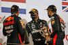 GP BAHRAIN, The podium (L to R): Max Verstappen (NLD) Red Bull Racing, second; Lewis Hamilton (GBR) Mercedes AMG F1, vincitore; Alexander Albon (THA) Red Bull Racing, third.