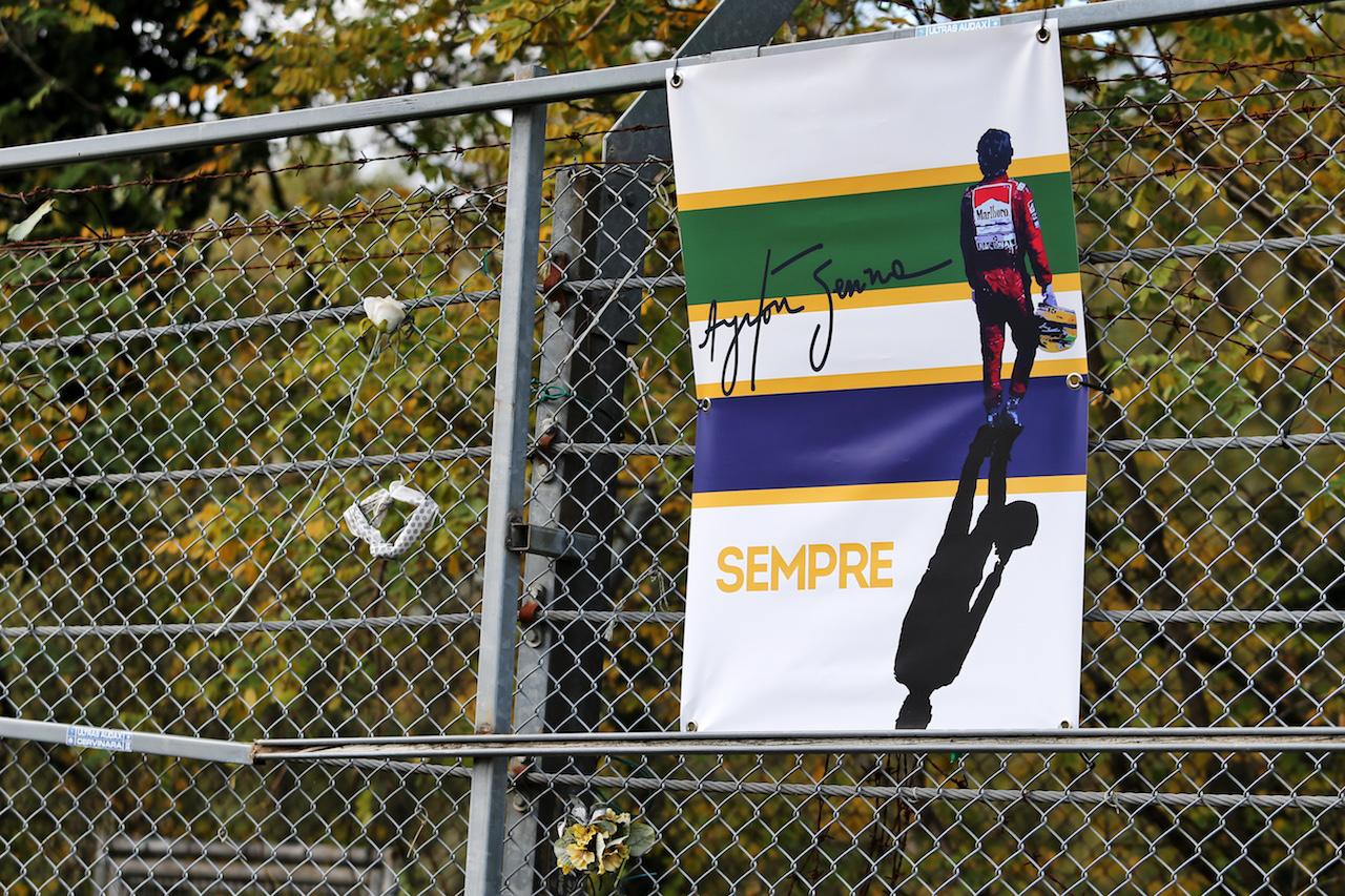 GP EMILIA ROMAGNA, Circuit Atmosfera - tribute to Ayrton Senna. 29.10.2020. Formula 1 World Championship, Rd 13, Emilia Romagna Grand Prix, Imola, Italy, Preparation Day. - www.xpbimages.com, EMail: requests@xpbimages.com © Copyright: Moy / XPB Images