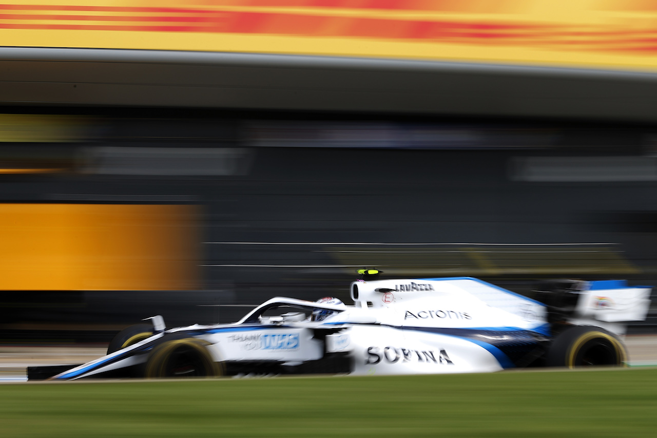 GP GRAN BRETAGNA, Nicholas Latifi (CDN) Williams Racing FW43. 31.07.2020. Formula 1 World Championship, Rd 4, British Grand Prix, Silverstone, England, Practice Day. - www.xpbimages.com, EMail: requests@xpbimages.com © Copyright: Moy / XPB Images