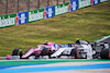 GP PORTOGALLO, Lance Stroll (CDN) Racing Point F1 Team RP20 e Pierre Gasly (FRA) AlphaTauri AT01 battle for position. 25.10.2020. Formula 1 World Championship, Rd 12, Portuguese Grand Prix, Portimao, Portugal, Gara Day. - www.xpbimages.com, EMail: requests@xpbimages.com © Copyright: Batchelor / XPB Images