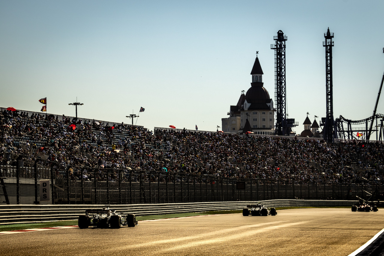 GP RUSSIA, Romain Grosjean (FRA) Haas F1 Team VF-20. 27.09.2020. Formula 1 World Championship, Rd 10, Russian Grand Prix, Sochi Autodrom, Sochi, Russia, Gara Day. - www.xpbimages.com, EMail: requests@xpbimages.com © Copyright: Bearne / XPB Images