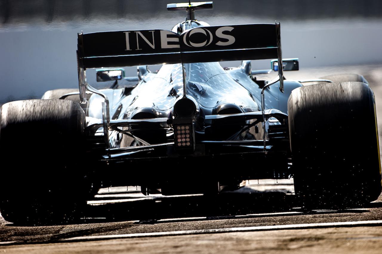 GP RUSSIA, Valtteri Bottas (FIN) Mercedes AMG F1 W11. 25.09.2020. Formula 1 World Championship, Rd 10, Russian Grand Prix, Sochi Autodrom, Sochi, Russia, Practice Day. - www.xpbimages.com, EMail: requests@xpbimages.com © Copyright: Bearne / XPB Images