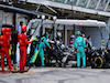 GP SPAGNA, Lewis Hamilton (GBR) Mercedes AMG F1 W11 makes a pit stop.