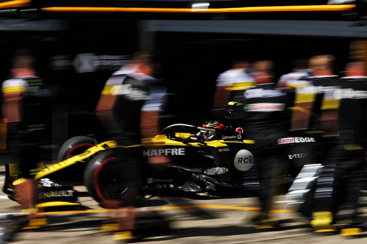 GP STIRIA, Esteban Ocon (FRA) Renault F1 Team RS20. 10.07.2020. Formula 1 World Championship, Rd 2, Steiermark Grand Prix, Spielberg, Austria, Practice Day. - www.xpbimages.com, EMail: requests@xpbimages.com © Copyright: Moy / XPB Images