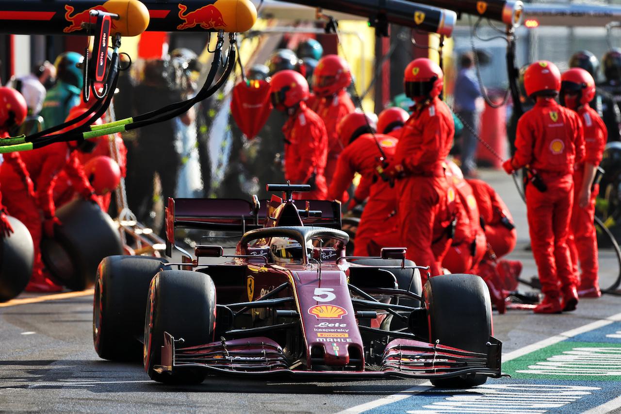 GP TOSCANA FERRARI 1000, Sebastian Vettel (GER) Ferrari SF1000 makes a pit stop. 13.09.2020. Formula 1 World Championship, Rd 9, Tuscan Grand Prix, Mugello, Italy, Gara Day. - www.xpbimages.com, EMail: requests@xpbimages.com © Copyright: Moy / XPB Images