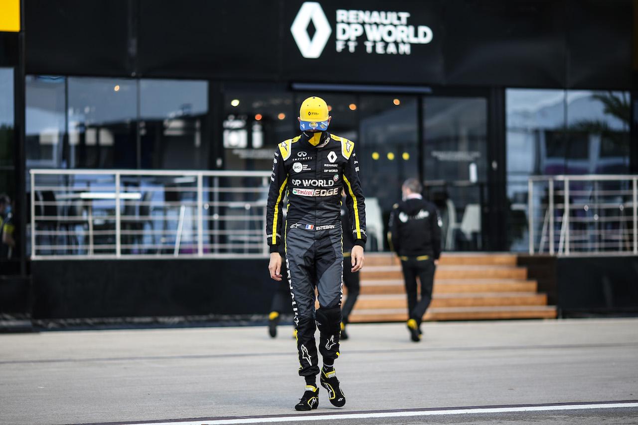 GP TURCHIA, Esteban Ocon (FRA) Renault F1 Team. 12.11.2020. Formula 1 World Championship, Rd 14, Turkish Grand Prix, Istanbul, Turkey, Preparation Day. - www.xpbimages.com, EMail: requests@xpbimages.com © Copyright: Charniaux / XPB Images