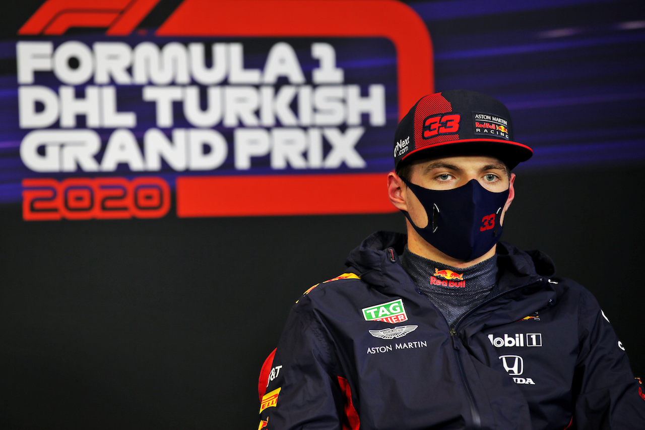 GP TURCHIA, Max Verstappen (NLD) Red Bull Racing in the post qualifying FIA Press Conference.