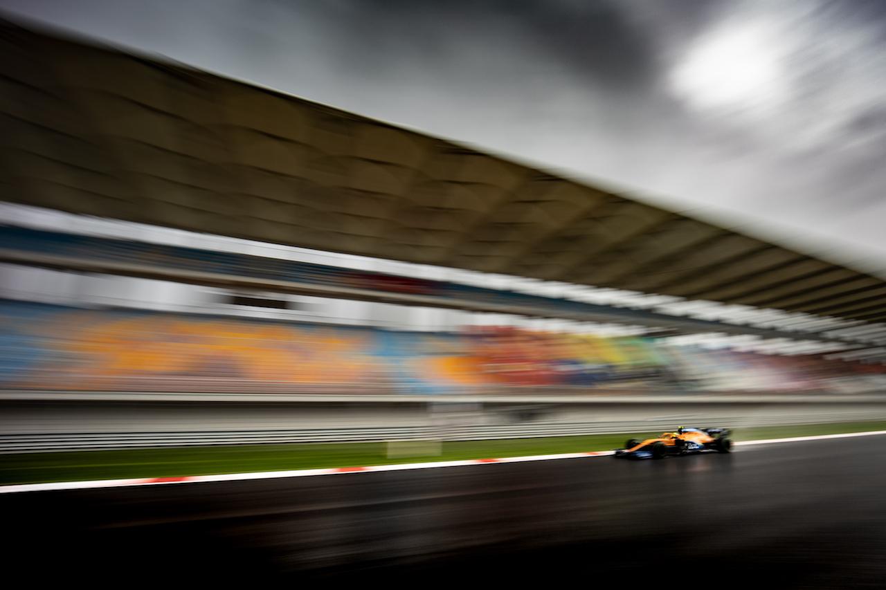 GP TURCHIA, Lando Norris (GBR) McLaren MCL35. 14.11.2020. Formula 1 World Championship, Rd 14, Turkish Grand Prix, Istanbul, Turkey, Qualifiche Day. - www.xpbimages.com, EMail: requests@xpbimages.com © Copyright: Bearne / XPB Images